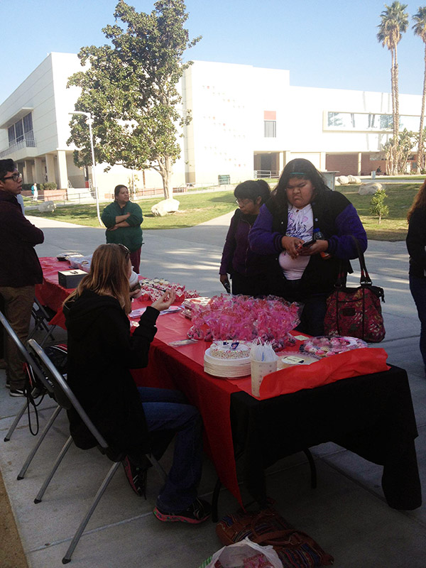 ASL Club Valentine's Bake Sale 2014