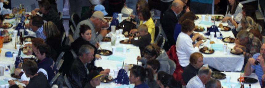 Sports Dinner Crowd